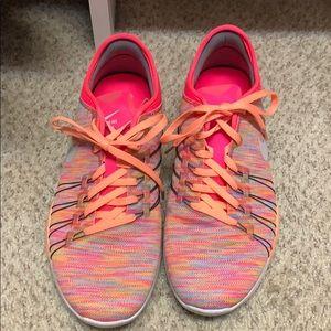 Women's Nike Free TR 6 training shoe no stains